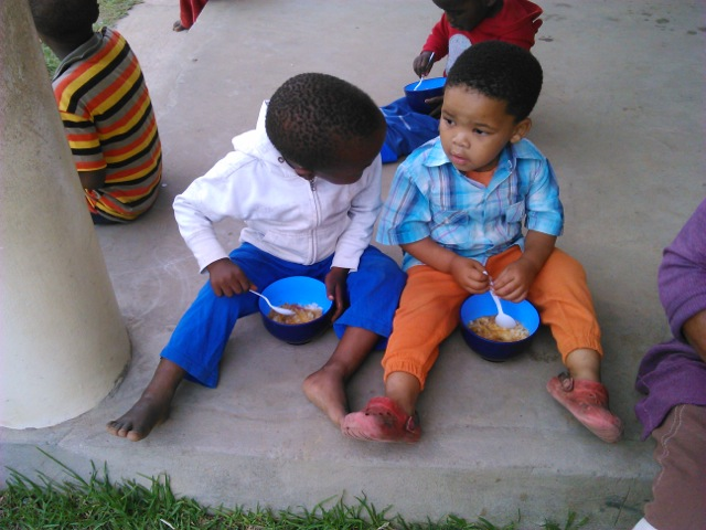 umzamowethu-soup-kitchen-1