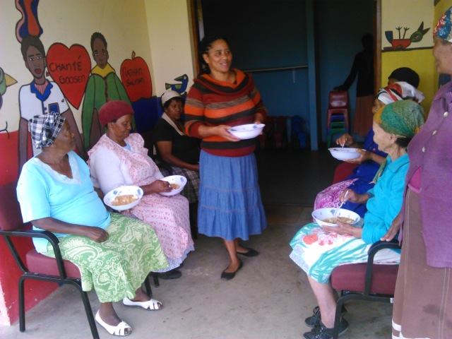 umzamowethu-soup-kitchen-2